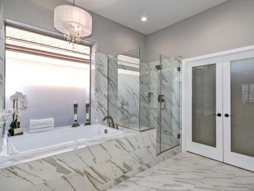 Master bath (complete renovation)